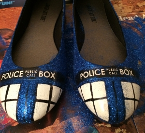 TARDIS shoes - Step 4