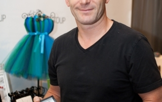 This is what Jason Isaacs looks like!